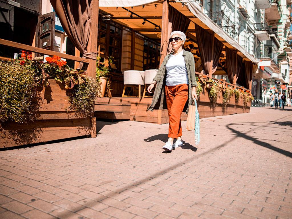 caminar por la calle
